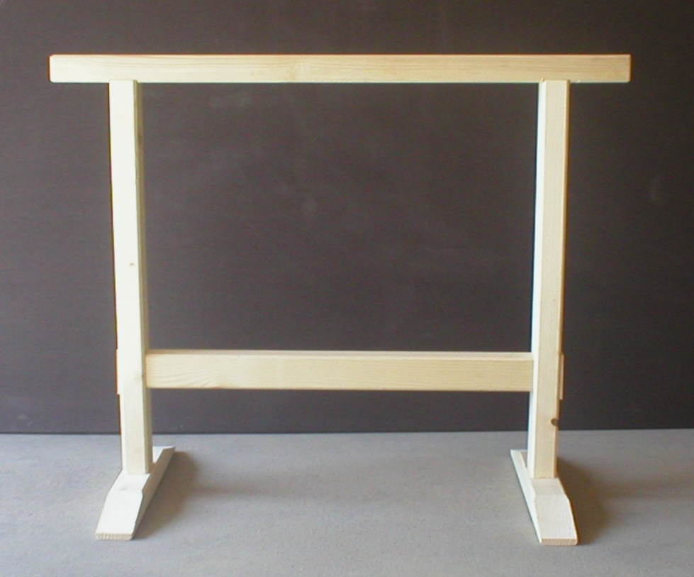 arbeitsbock selber bauen zimmermansbock arbeitsbock schnell und stabil gebaut ratgeber holz. Black Bedroom Furniture Sets. Home Design Ideas
